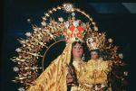Santa madre de Cristo. Santa Madre de Cuba.  Santa Madre de todos los hijos del mundo.