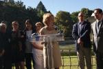 La presidenta de la Comunidad, Esperanza Aguirre, acudió el 10 de octubre al Parque Berlín  al inicio del ciclo de Veladas Cubanas del Observatorio Cubano de los Derechos Humanos.Foto de Omar Rodríguez Saludes